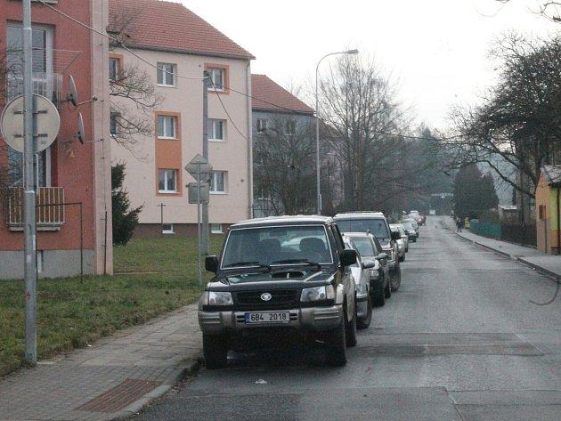 Vblanenské ulici Údolní vznikne na jaře jednosměrka. Podle úředníků zklidní provoz vtéto části města. Zvýší také bezpečnost chodců.