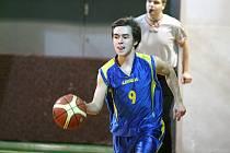Basketbalisté ASK Blansko (v bílém) oplatili v OP I porážku Žďáru nad Sázavou.
