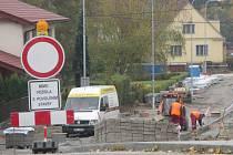 Termín dokončení oprav v blanenské ulici Těchovská se opět posouvá. Na prosinec.