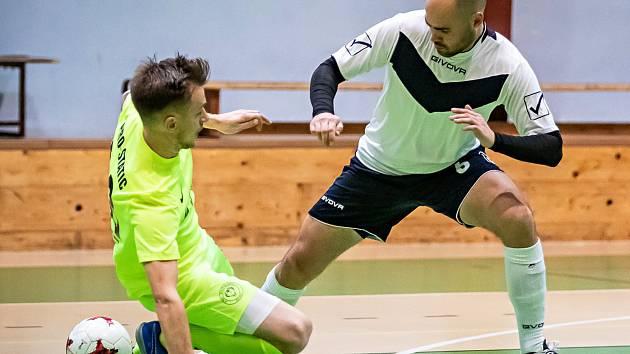 Ve 13. kole divize remizovali futsalisté Pro-STATICu Blansko (žlutozelené dresy) s brněnskými Vinohrady 4:4.