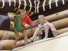Přes čtyři stovky dětí soutěžily o pohár krále Jířího.