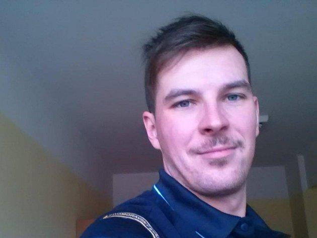 Jiří Pitek pracuje jako operační technik linky 112.