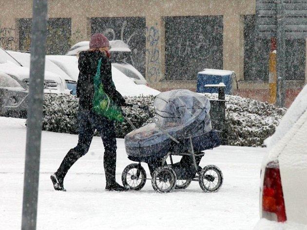 V pondělí se Blanensko probudilo do hustého sněžení, které zasáhlo celý region.