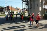 Do úklidu se zapojili i lidé ve Vratíkově.
