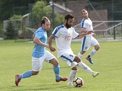 FC Boskovice (v modrém) porazily Sokol Novosedly 5:2.