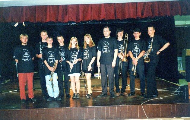 Orchestr vroce 1999.