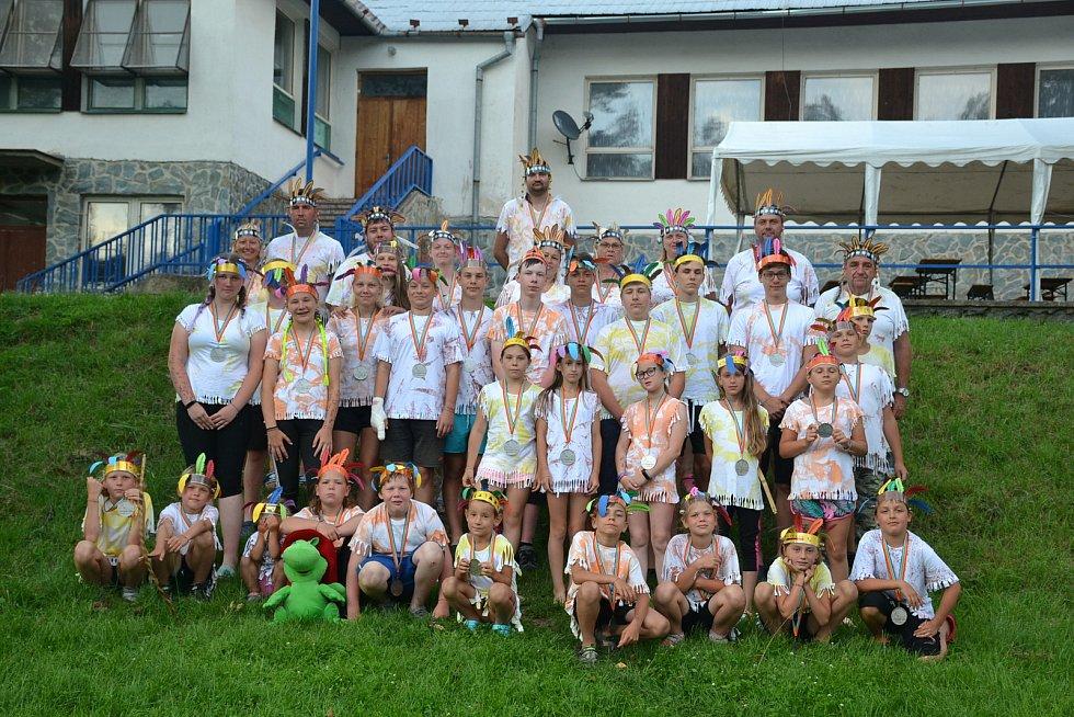 Mladí hasiči z Ostrova u Macochy a Kotvrdovic na společném letním táboře v Nesměři u Velkého Meziříčí zažili spoustu legrace.