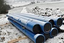 Mezi Boskovicemi a Velkými Opatovicemi už začala rekonstrukce vodovodu zásobující pitnou vodou polovinu Blanenska.