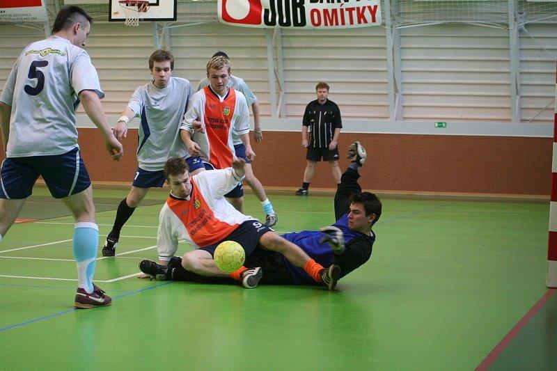 Futsalový Sport Bob cup vyhrál tým SK Jedovnice. Nejlepším střelcem byl Libor Němec
