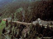 Agatha Christie, autorka detektivky Vražda v Orient–Expressu, kdysi prohlásila, že člověk zažije vzrušující pocit, jen když tento vlak projede kolem něho. Ve čtvrtek tuto možnost mají lidé na Blanensku.