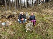 V dnešním díle se vypravíme za kříži a kameny do Hrušovan a Sivic na Brněnsku a také do obce Čábuze v okrese Prachatice