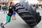 V sobotu se v Jedovnicích koná soutěž v silovém víceboji Strongman Jedovnice. Ilustrační foto.