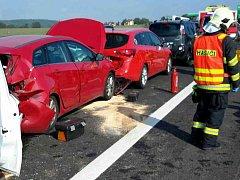U Lipůvky bourala čtyři auta.