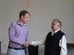 Na ustavujícím zastupitelstvu v pondělí večer zvolili starostu obce, kterým se stal Jakub Hlubinka. Do funkce místostarosty zastupitelé zvolili Pavla Vybíhala.