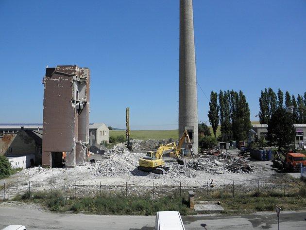 Demolice bývalé kotelny Minervy finišuje.