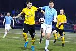 V úvodním jarním utkání krajského přeboru fotbalistů porazily Boskovice (modré dresy) Sokol Krumvíř 2:1.