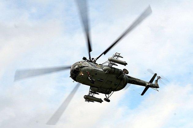 V neděli se do  Kotvrdovic  na Blanensku slétly nejrůznější stroje na pravidelný Letecký den. Na stoupené piloty >Royal Air Walach Force< pozdravil Valašský král jediný a nafurt Bolek Polívka.