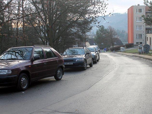 Absolonova ulice na blanenském sídlišti Sever.