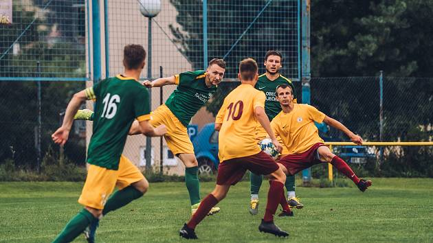 Fotbalisté Ráječka (v zeleném) zdolali brněnskou Spartu 3:0.