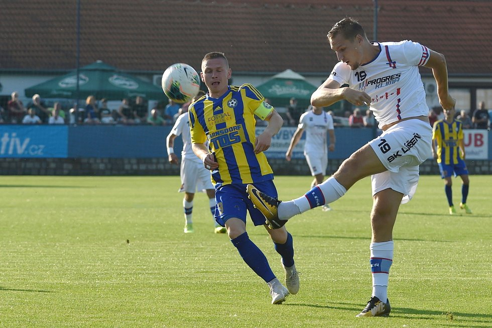 12.9.2020 - domácí SK Líšeň v bílém (Ondřej Ševčík) proti FK Varnsdorf
