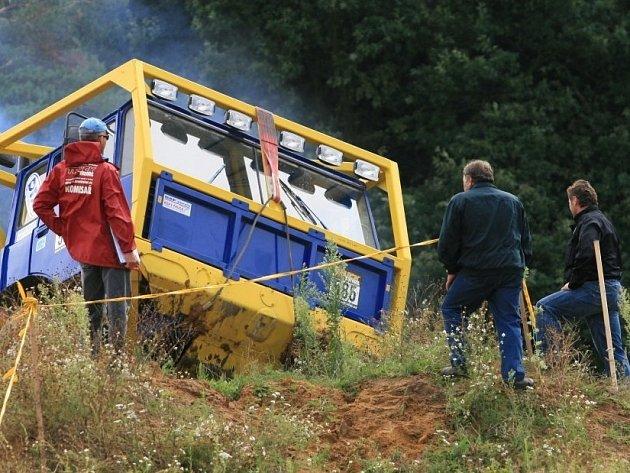 Pískovnu v Kunštátu rozburácí silné motory. O víkendu se tam jede závod Mistrovství České republiky a Německa.