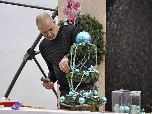 O víkendu předváděli v Šebrově své umění floristé.