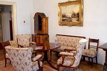 V těchto dnech připravují na zámku v Rájci nad Svitavou novou instalaci v prvním patře, která bude co nejvíc přibližovat život šlechticů na konci devatenáctého století.