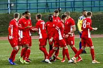 Blanenští fotbalisté slaví branku.