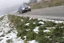 Ve čtvrtek brzdil provoz na některých místech na Blanensku namrzající déšť.