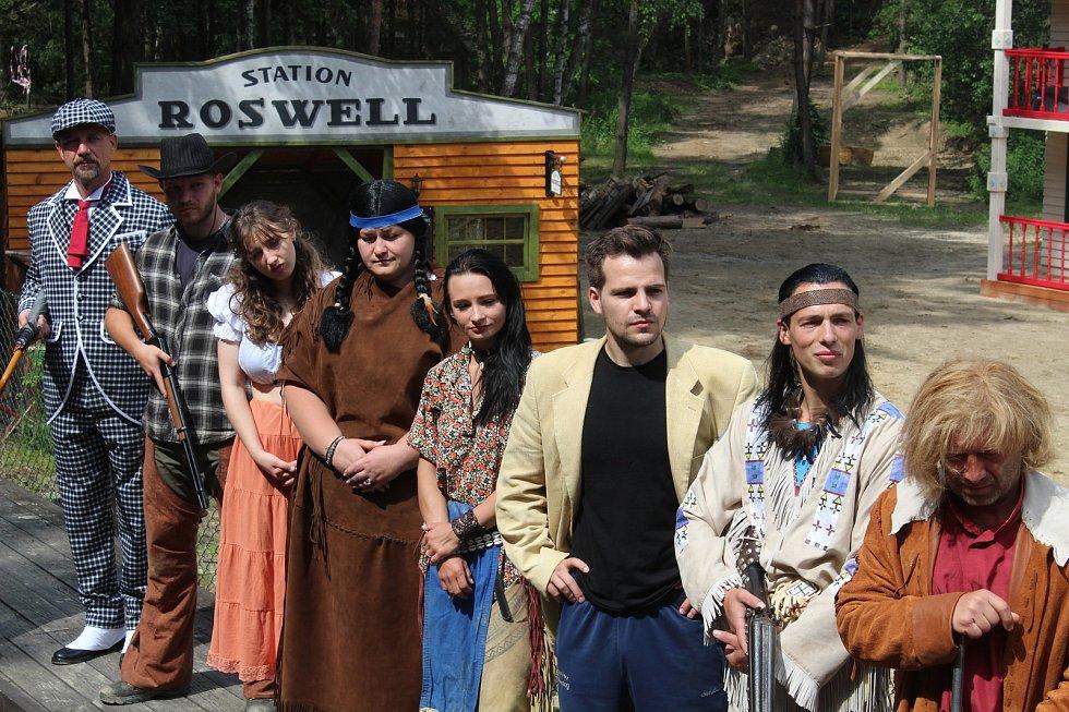 Ve westernovém městečku v Boskovicích nacvičili unikátní divadelní představení Vinnetou na motivy slavného filmu z roku 1963.
