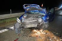 ážná zranění si vyžádala dopravní nehoda dvou osobních aut, ke které došlo v sobotu půl hodiny před půlnocí u Rájce-Jestřebí.