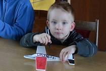 Modely motorových i nemotorových letadel, 3D tiskárna nebo helikoptéry byly v sobotu k vidění ve Vysočanech.