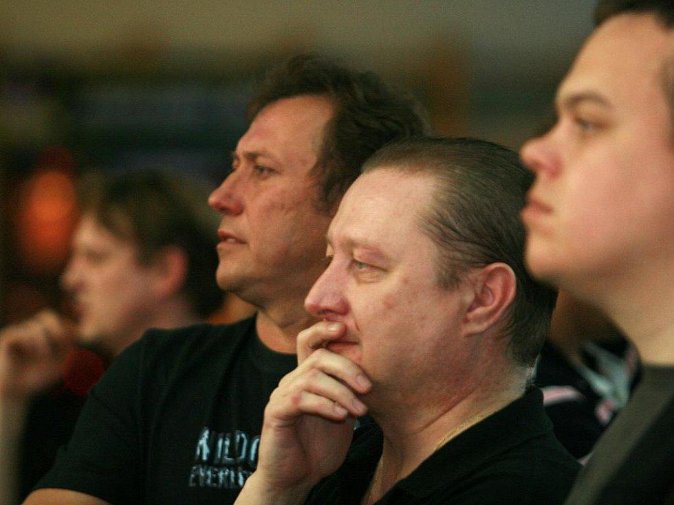 Adamovští šipkaři ve finále porazili Rakol Trimetal Brno a vyhráli Pohár družstev Unie šipkových organizací.