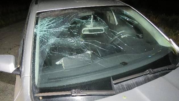 Muž boural mezi Újezdem u Boskovic a Doubravicí nad Svitavou. Nadýchal 2,53 promile a tvrdil, že pil až po nehodě.
