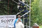 TFA. Toughest Firefighter Alive neboli Nejtvrdší hasič přežije. Hasičská soutěž, která simuluje ostrý zásah v terénu, se konala v Doubravici nad Svitavou.