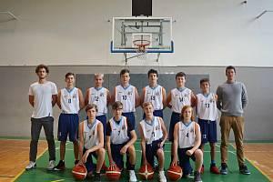 Tým basketbalistů Blanska do patnácti let prohrál v posledních dvou zápasech před pauzou v Litomyšli.