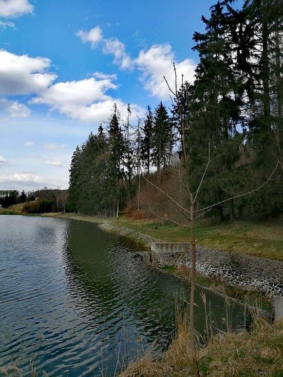 Z výletu do Ostrova u Macochy a k jedovnickým rybníkům.