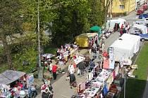 Páteční trhy v blanenské Hybešově ulici.