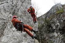 Výcvik lezců v Moravském krasu