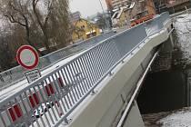 Blanenští otevřeli most na Sportovní ostrov Ludvíka Daňka. Oprava stála pět milionů.