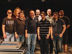 Kapela Funky Plane Band.