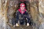 Kamil Pokorný z Brna je nadšený jeskyňář. Lákají ho dosud neprozkoumané části Moravského krasu.