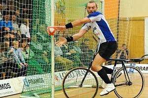 Jiří Hrdlička chce se spoluhráčem Pavlem Loskotem vyhrát extraligu. Foto z turnaje v Šitbořicích.