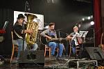 Sedmý ročník multižánrového festivalu FestKaťák zaplnil Katolický dům v Blansku.