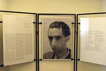 Návštěvníci Muzea Boskovicka si mohou v těchto dnech prohlédnout výstavu. Ta je věnována životu Jana Maria Tomeše. Básníka, esejisty, historika umění, výtvarného teoretika a překladatele.
