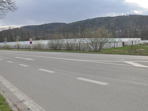 Skleníky společnosti Zera stojící na pozemcích města Blanska.