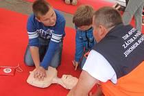 Na Masarykově náměstí v Letovicích se v pátek dopoledne konala akce s názvem Den záchrany života.