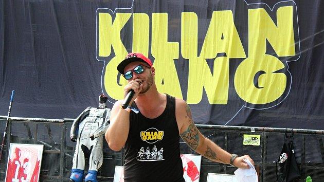 Motosraz Kiliangang: zpívající Olympic, charitativní dražba s rekordním výtěžkem