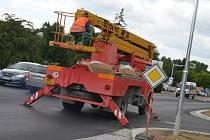 Někteří řidiči jsou zklamaní z toho, že opravená blanenská ulice Poříčí je hrbolatá.