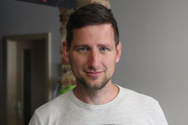 Pavel Kratochvíl, 34let, ředitel neziskové společnosti.